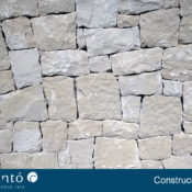 Foto de un chalet de piedra ubicada en Alcoy y Alicante