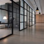 Optimiza el espacio de tu oficina con una reforma